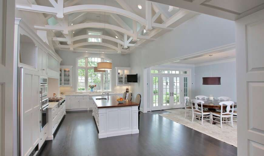 Dark Wood Floors Open White Beamed Ceiling Gtm Architects