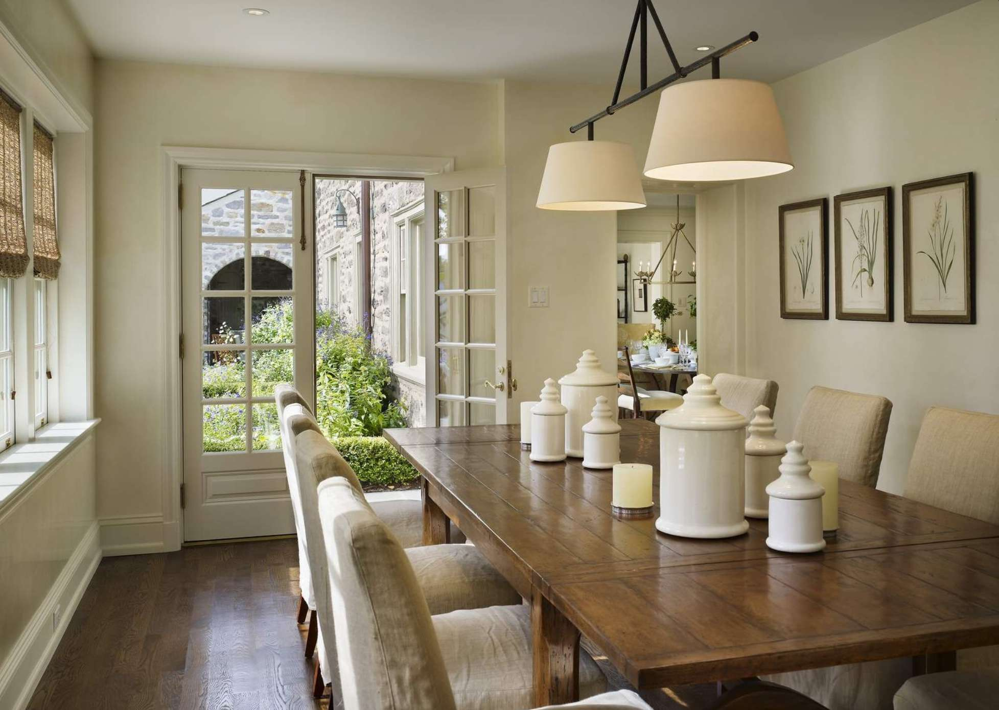 Great Molding Monotone Dining Room Love Kitchens