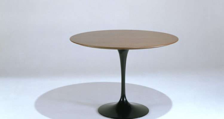 Knoll Tables Saarinen Large Inch Round Dining Table