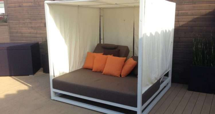 Riviera Modern Outdoor Leisure Daybed Canopy